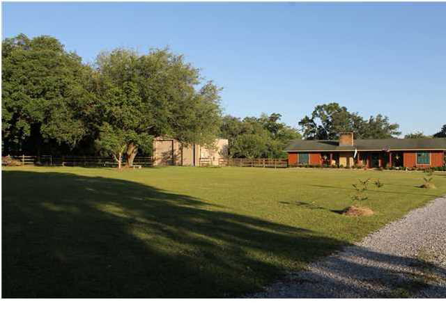 7601  Old Pascagoula Rd Theodore, AL 36582