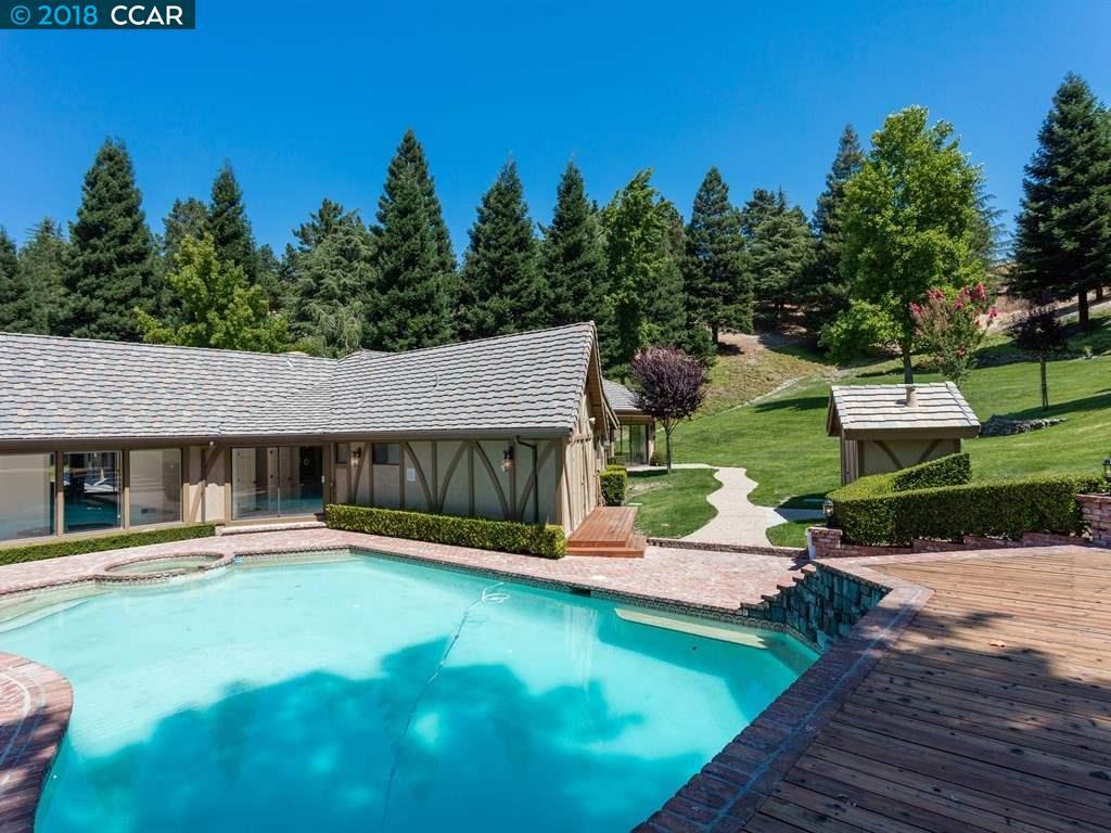 44 Saddleback Place Danville, CA 94506