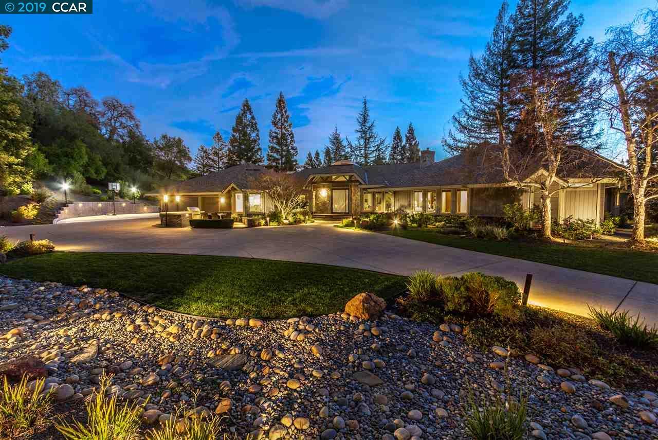 2210 Canyon Oak Lane Danville, CA 94506
