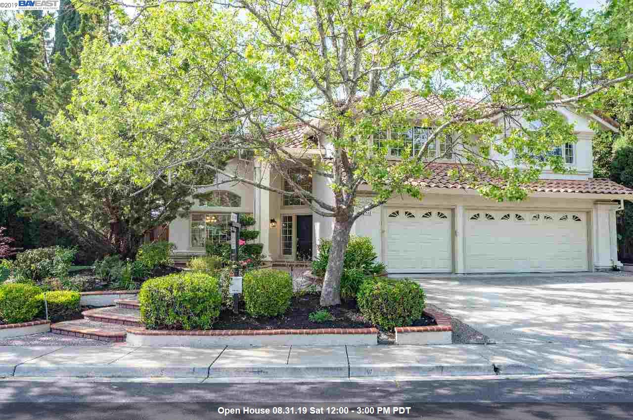 221 Viewpoint Dr Danville, CA 94506