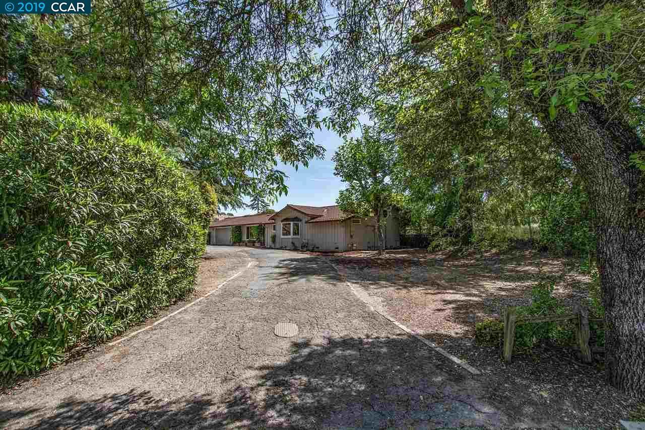 11 Serena Grdns Walnut Creek, CA 94596