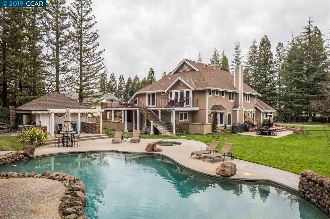 35 Tierra Verde Court Walnut Creek, CA 94598
