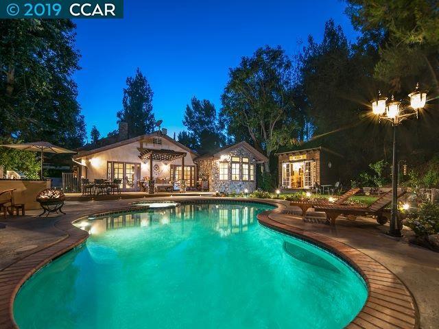 5826 Winnetka Ave Woodland Hills, CA 91367