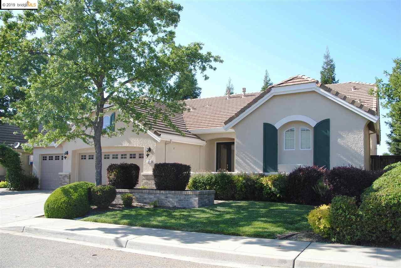 521 Oakhurst Terrace Auburn, CA 95603