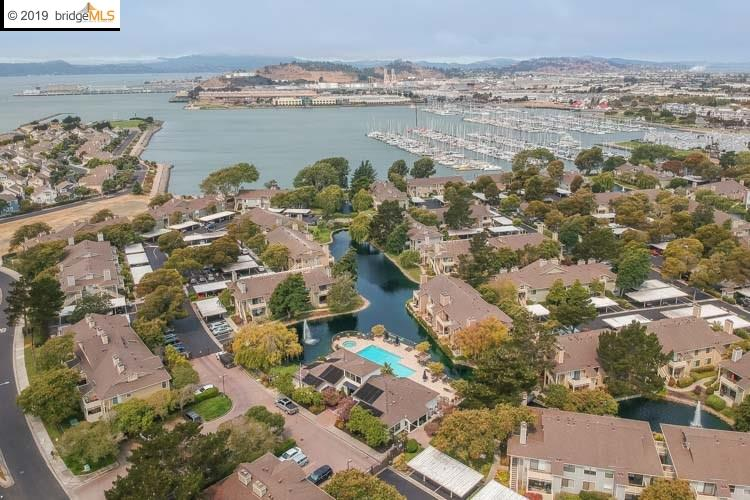 134 Lakeshore Ct Richmond, CA 94804