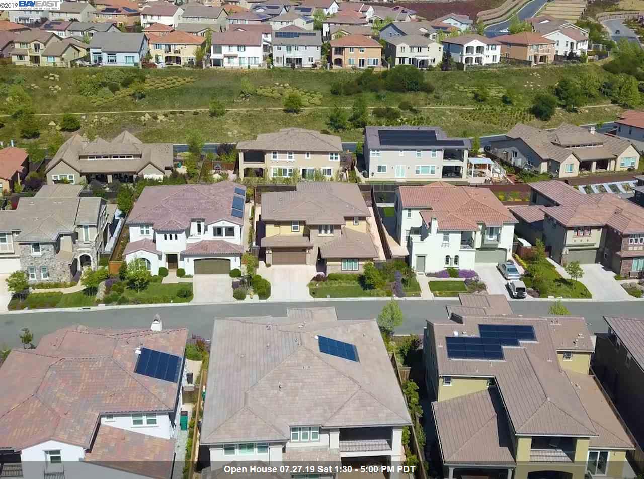 60 Adair Way Hayward, CA 94542