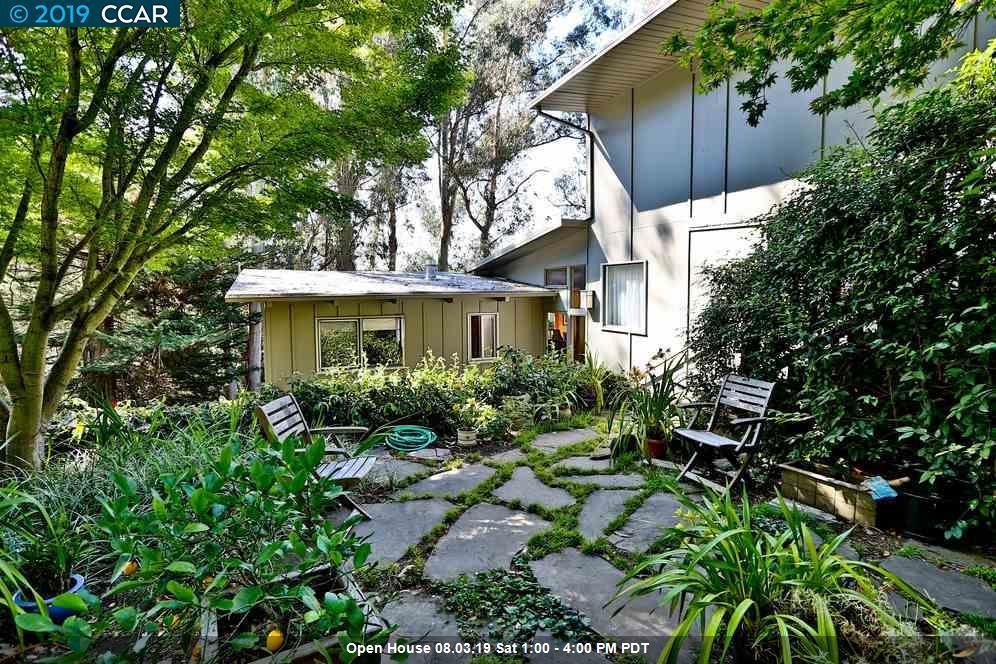 6714 Saroni Drive Oakland, CA 94611