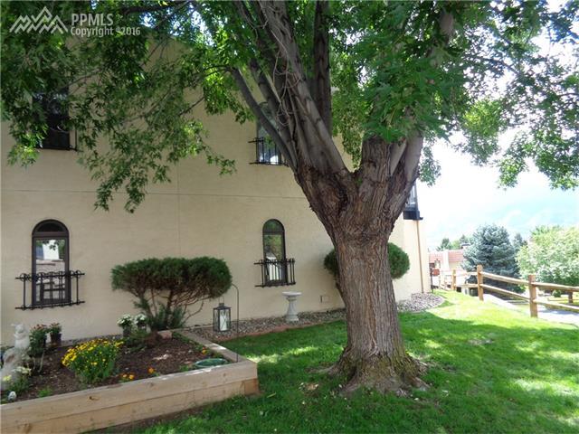 1134  Fontmore Road Colorado Springs, CO 80904