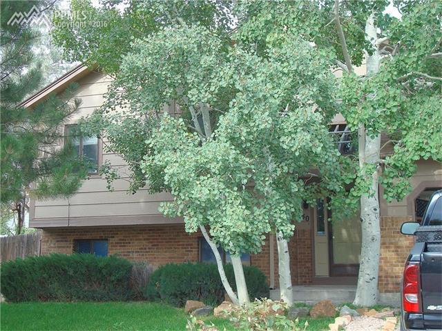 1750  Leoti Drive Colorado Springs, CO 80915