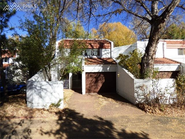 110  Creekside Lane Colorado Springs, CO 80906