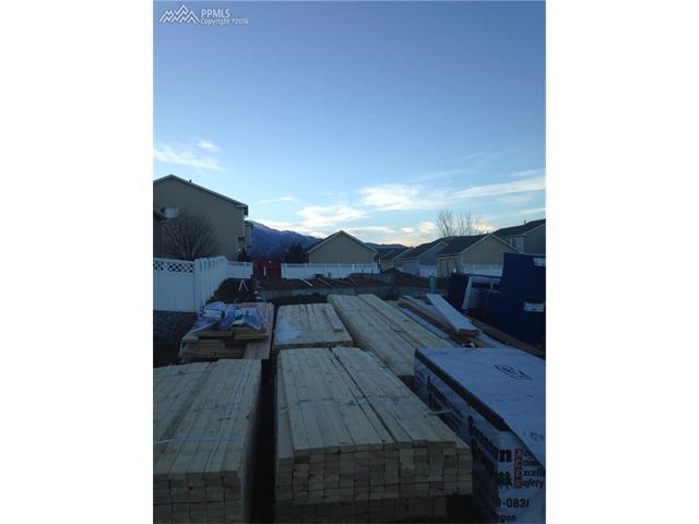 769  Antrim Loop Colorado Springs, CO 80910