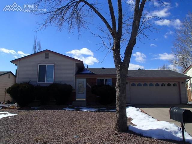 2660 E Prescott Circle Colorado Springs, CO 80916