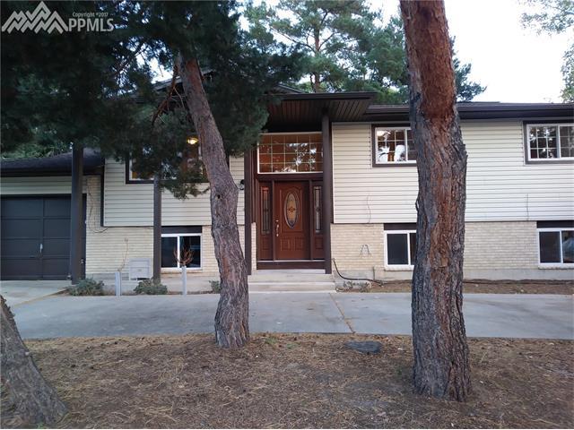 32  Mcburney Boulevard Colorado Springs, CO 80911