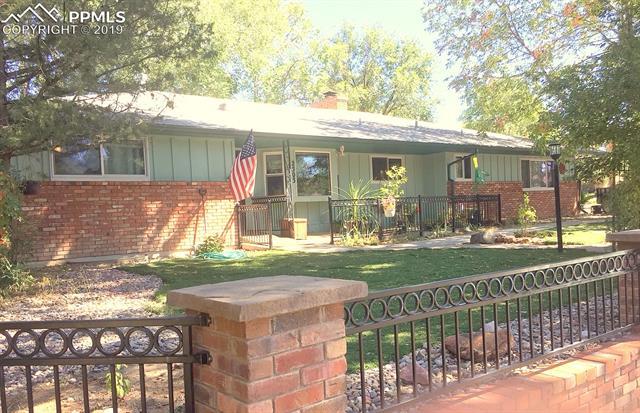 2503 Fairview Circle Colorado Springs, CO 80909