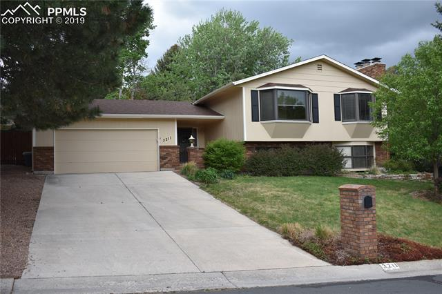 3211 Austin Drive Colorado Springs, CO 80909
