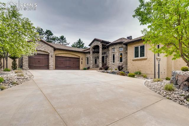 7504 Solitude Lane Colorado Springs, CO 80919