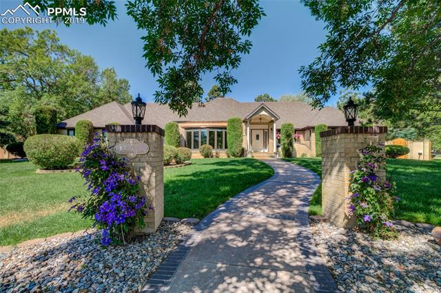 32 Tanglewood Drive Colorado Springs, CO 80906