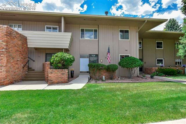 5204 Kissing Camels Drive Colorado Springs, CO 80904
