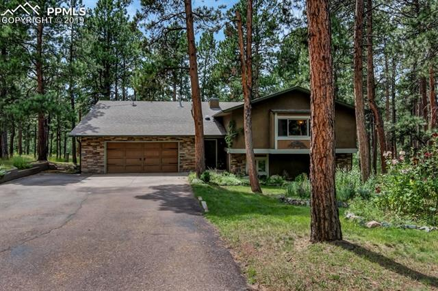 17810 Woodhaven Drive Colorado Springs, CO 80908