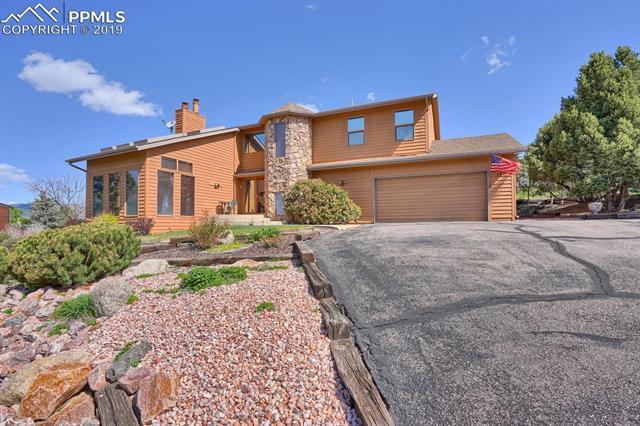 190 Desert Inn Way Colorado Springs, CO 80921