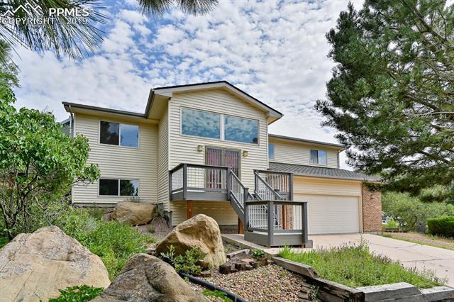 5540 Saddle Rock Place Colorado Springs, CO 80918
