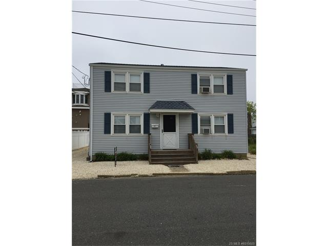 32  Mea Lane Long Beach Twp, NJ 08008