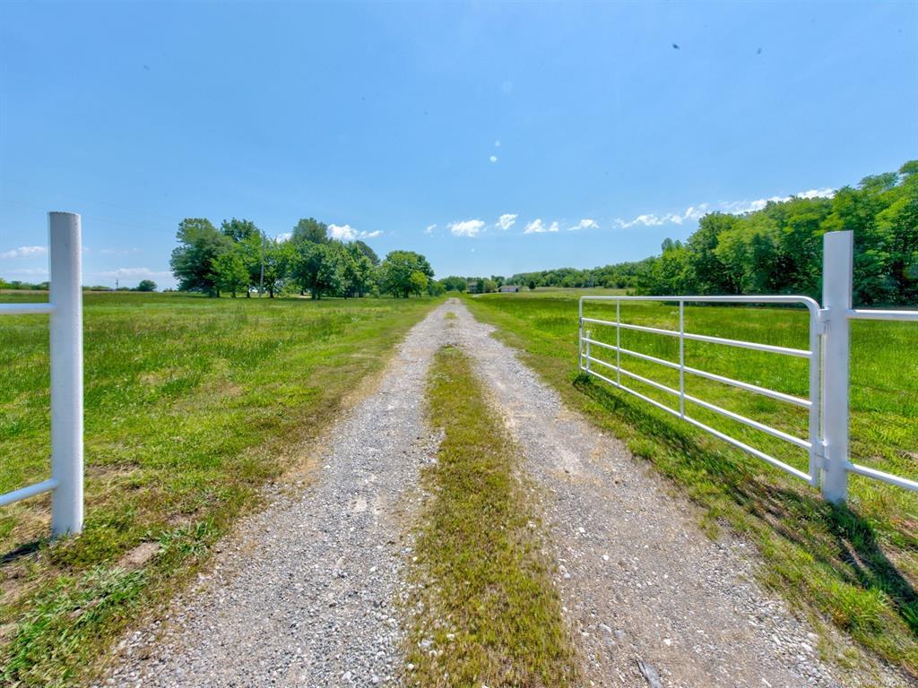 18301 S Peoria Avenue Mounds, Ok 74047