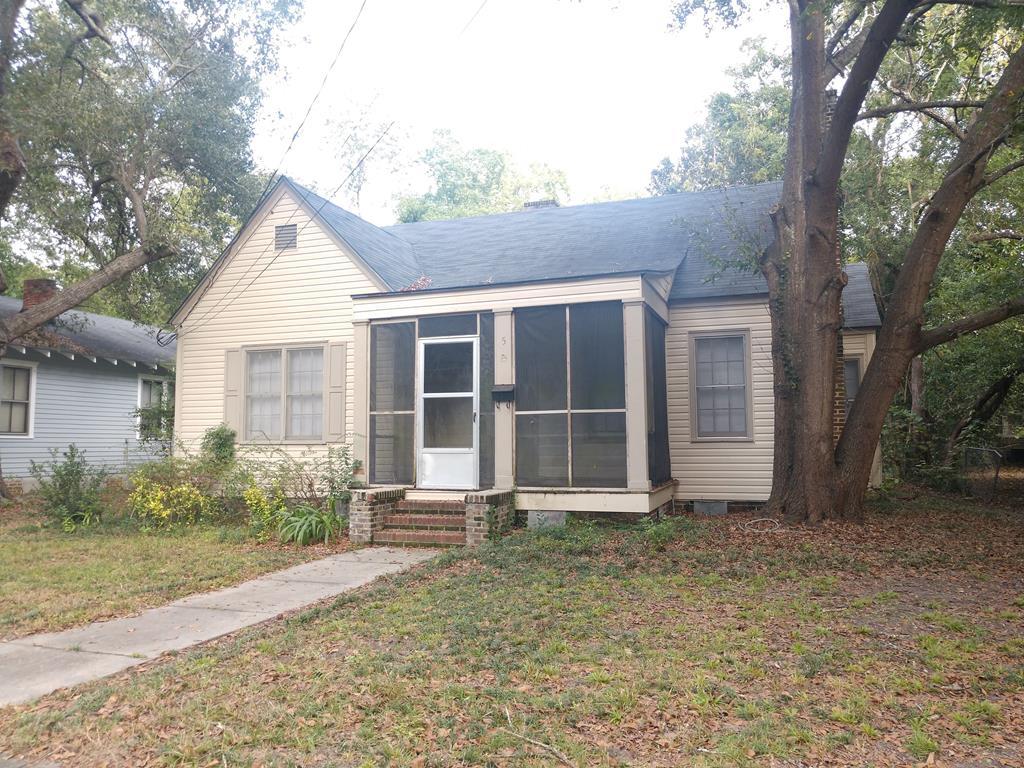 5 Chestnut St Sumter, SC 29150