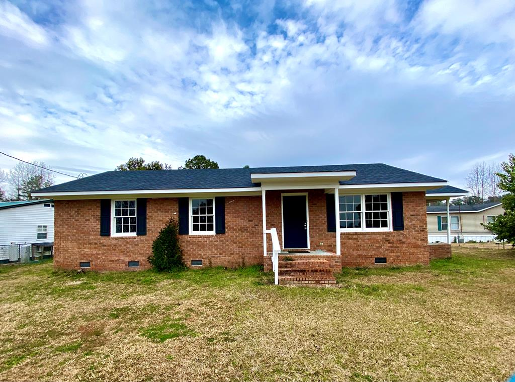 2323 George Harvin Rd Manning, SC 29102