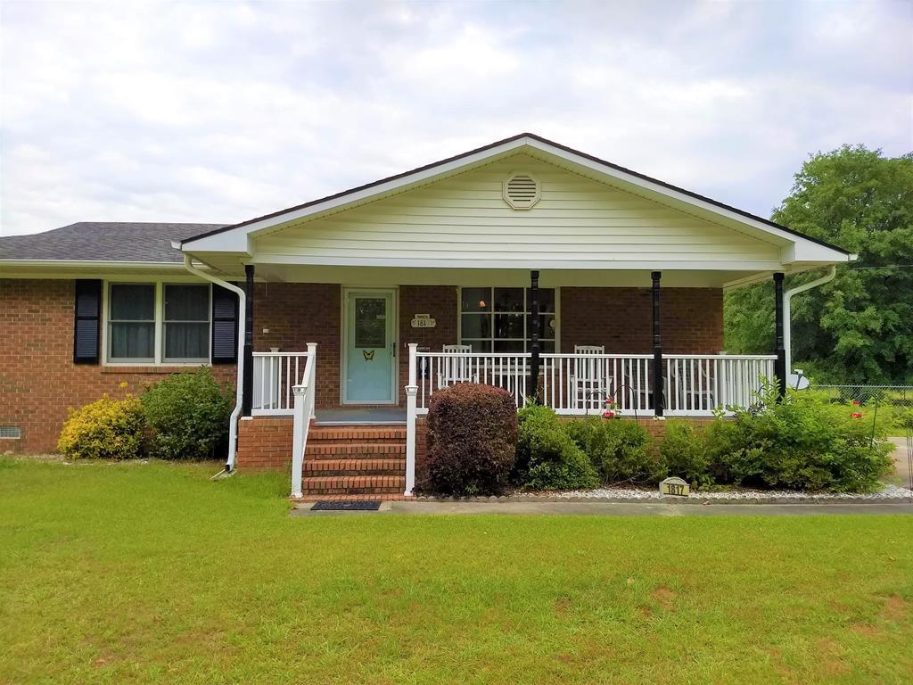 1817 Oak Grove Church Rd Manning, SC 29102