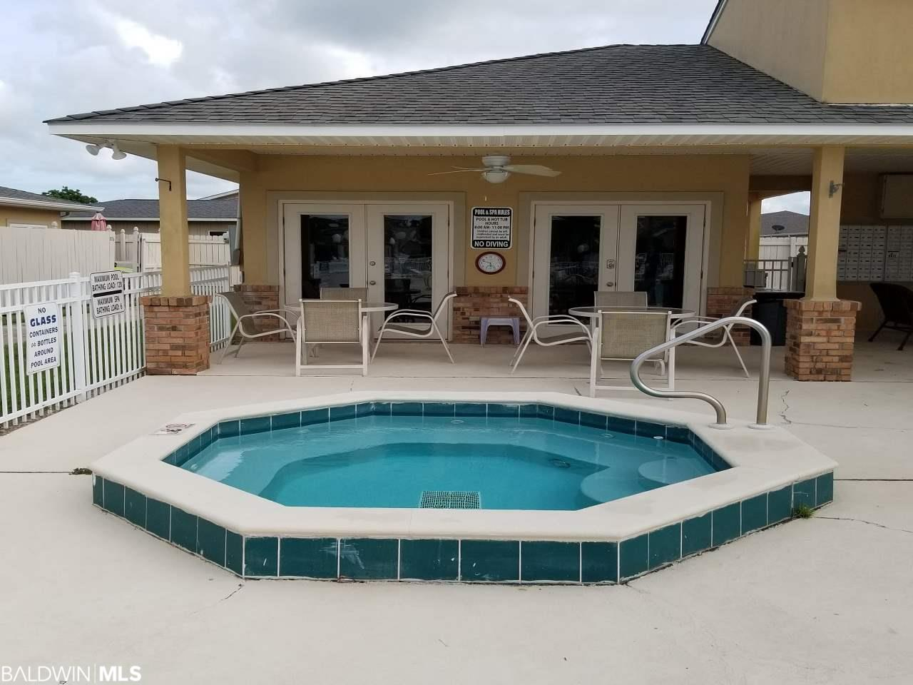 501 Cotton Creek Dr Gulf Shores, AL 36542