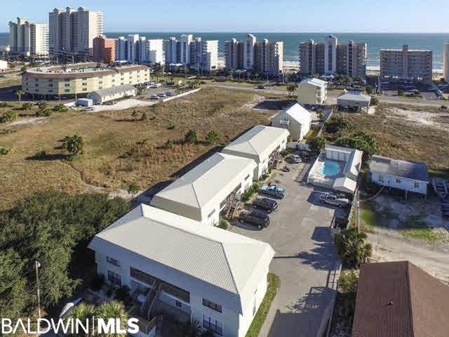 979 W Lagoon Avenue Gulf Shores, AL 36542