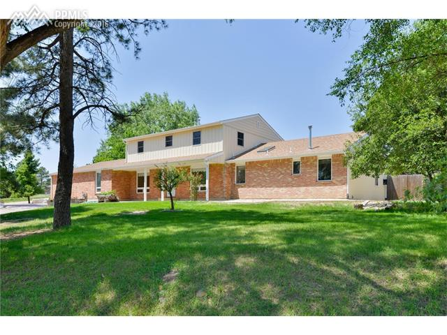 2104  Broken Circle Road Colorado Springs, CO 80915