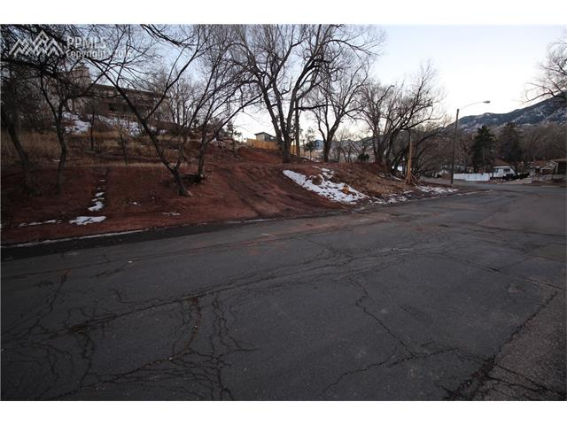 3540 W Pikes Peak Avenue Colorado Springs, CO 80904