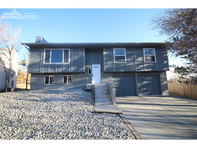 3625  Suncrest Court Colorado Springs, CO 80906