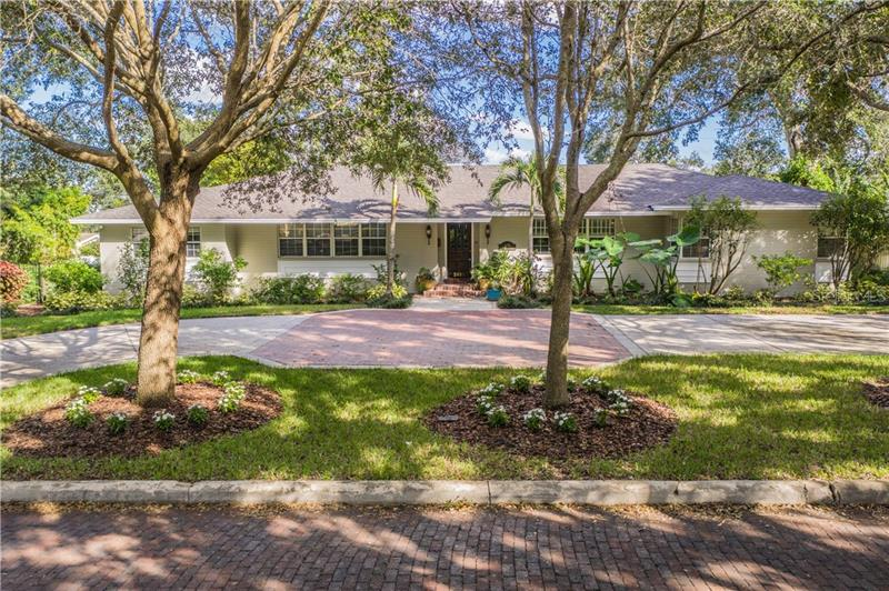 2416 Fairmount Avenue Lakeland, FL 33803
