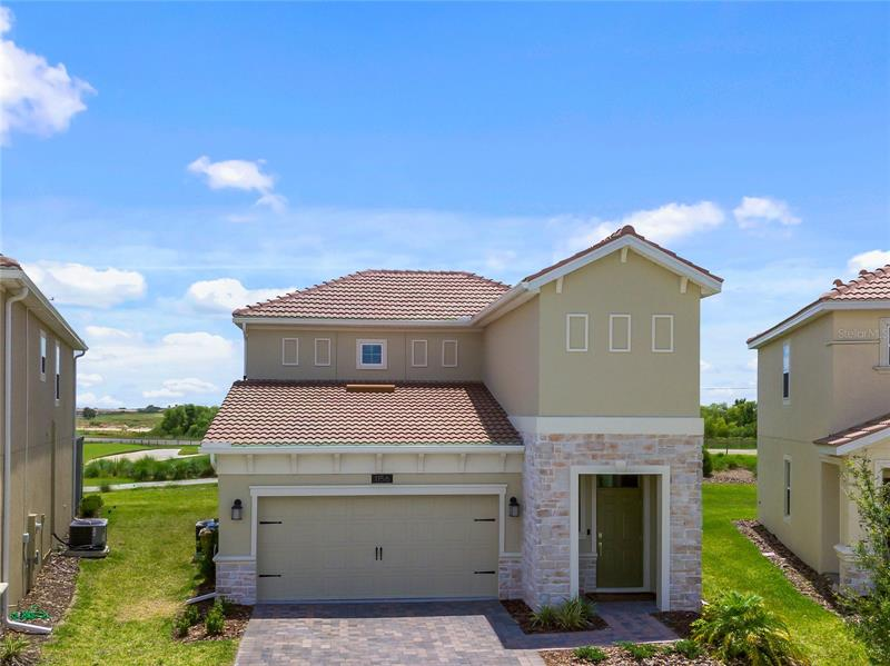 1156 Trappers Trail Loop Champions Gate, FL 33896