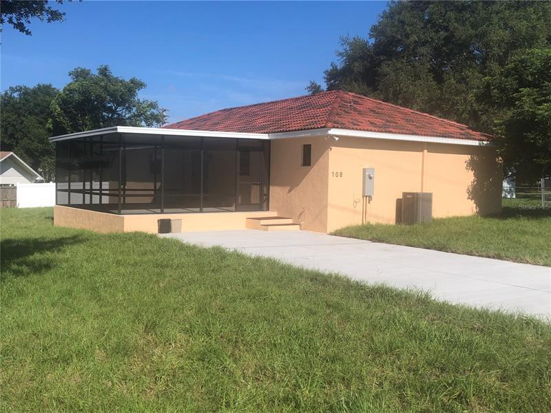 108 Lantern Lane Winter Haven, FL 33884