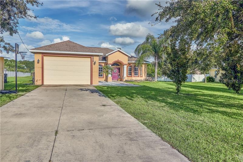 2424 Crestview Road Wimauma, FL 33598