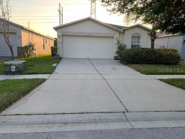 7958 Carriage Pointe Drive Gibsonton, FL 33534
