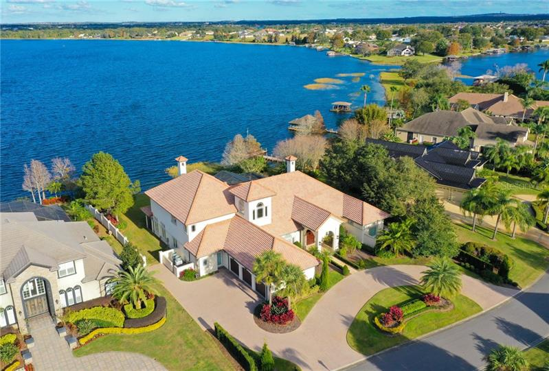 230 McLean Point Winter Haven, FL 33884