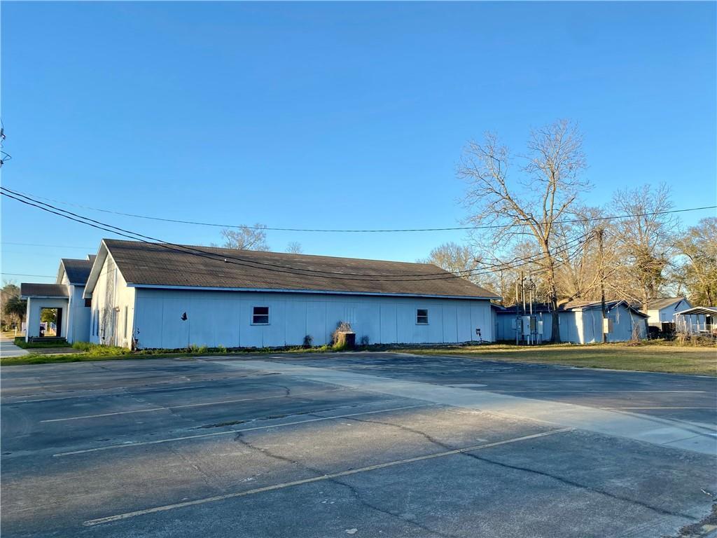 428 Church Street Odum, GA 31560