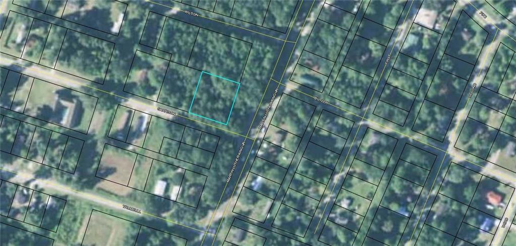 103 Garrison Ave Darien, GA 31305