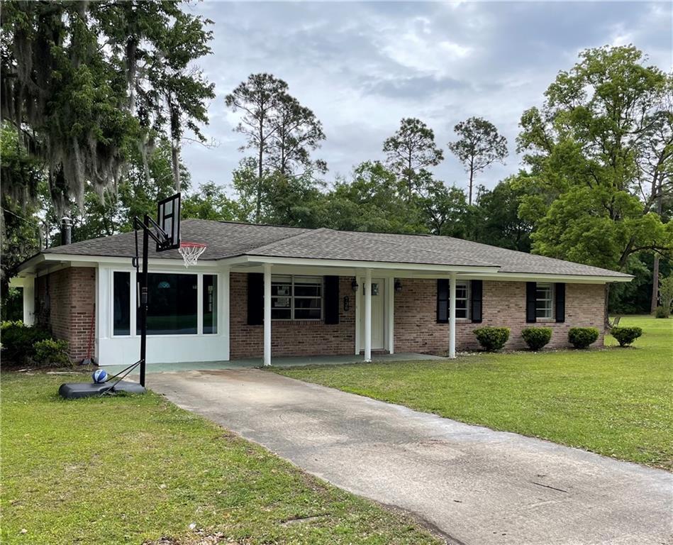 738 Pine Haven Circle Brunswick, GA 31525