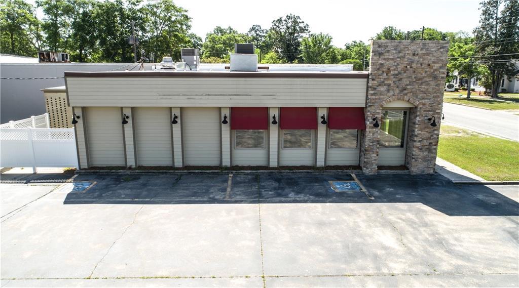 298 W Orange Street Jesup, GA 31545