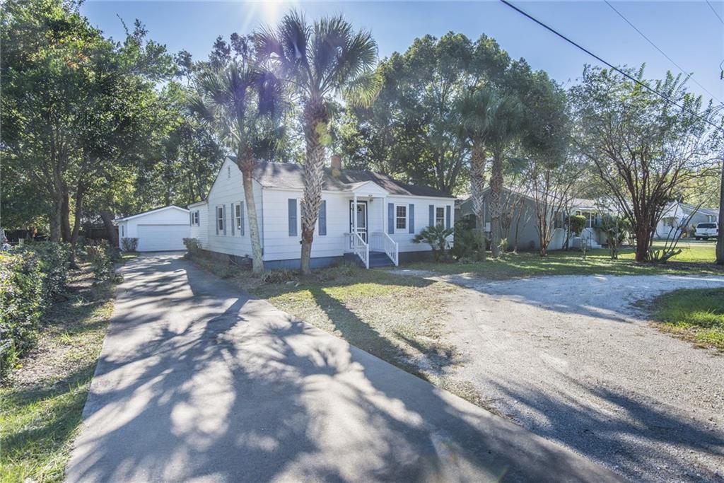 404 Ashantilly Ave St. Simons Island, GA 31522