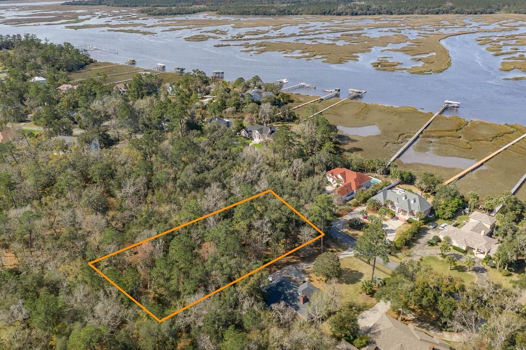 342 Oak Grove Island Drive Brunswick, GA 31523