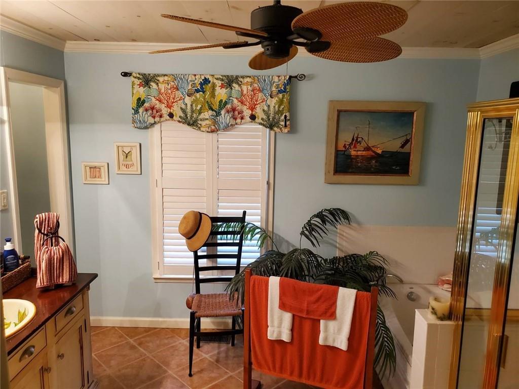 238 Peachtree Street St. Simons Island, GA 31522