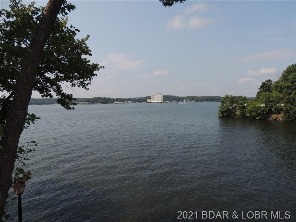 345 Waters Edge Dr 1a UNIT 36-1B Lake Ozark, MO 65049