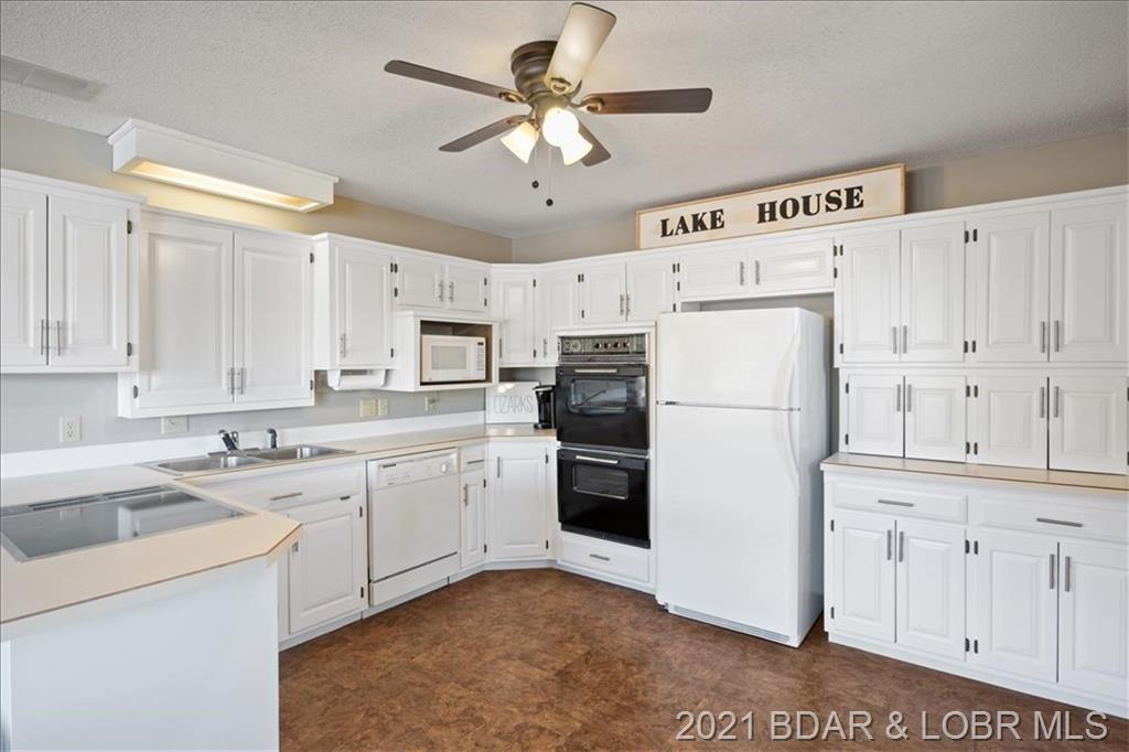 28808 White Oak Road Gravois Mills, MO 65037